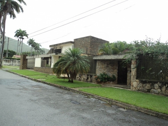 Casa En Guataparo. Wc