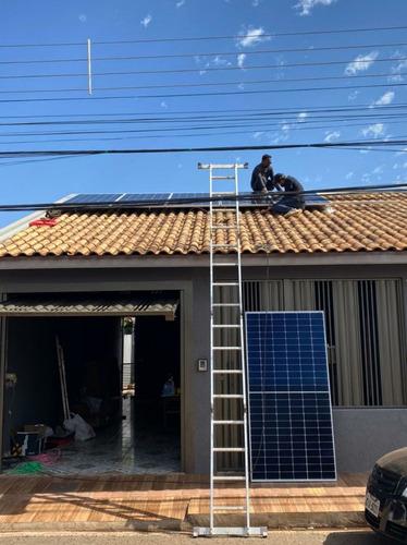 Imagem 1 de 2 de Limpeza De Placas Solares
