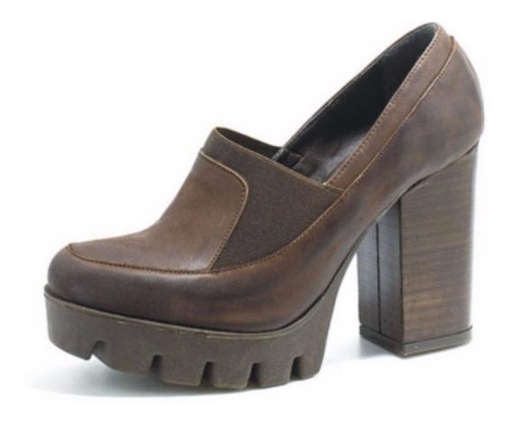 Zapato Cuero Mujer Con Elastico Art 6301. Marca Lola Roca