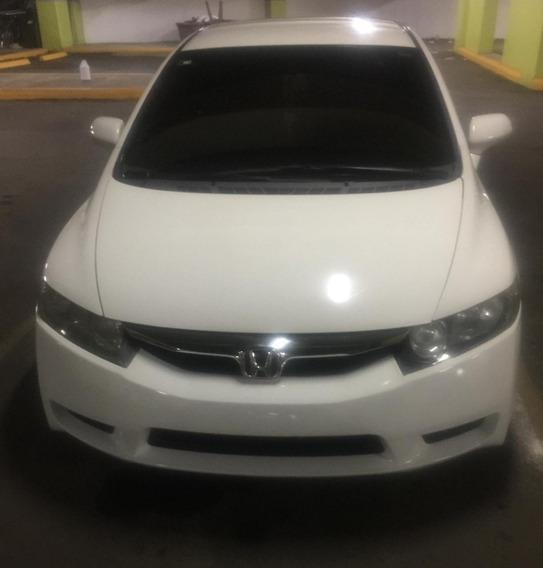 Honda Civic 2011, Excelente Condicione . Precio Ligeramente