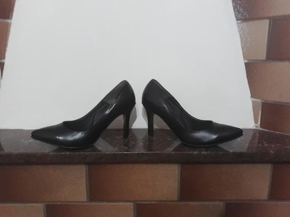 Stilettos Nuevos Sin Uso Taco Fino Negro