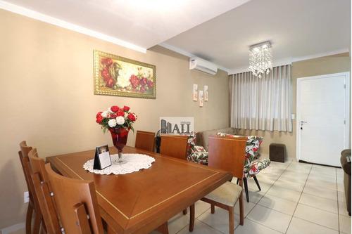 Casa À Venda No Jardim Vista Alegre Com 3 Quartos, 2 Vagas - V3653