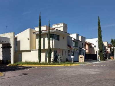 Oficina Renta Pueblo Nuevo 4 Privados Lujo Factura
