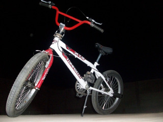 Bicicleta Bmx Tomaselli Xt5 Rodado 20 + Pedalines