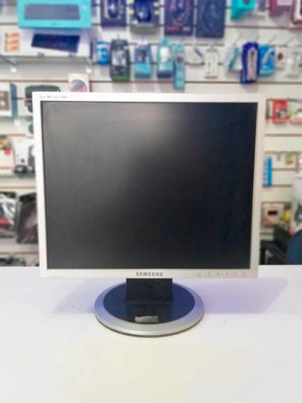 Monitor Samsung Syncmaster 740n Com Defeito - Retirada Peças