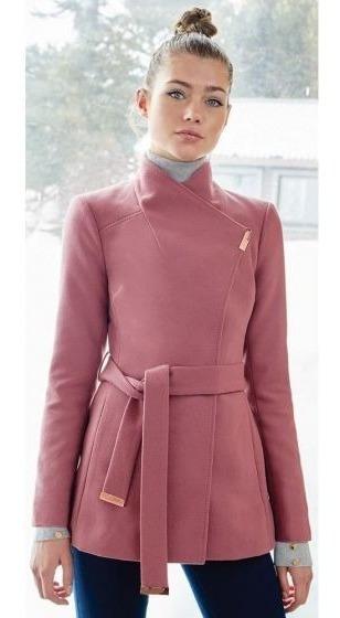 Abrigo Trendy Rosado Con Cinturón Para Mujer. Moda Invernal