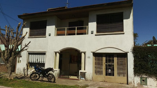 Amplio Chalet, 5 Ambientes, La Matanza, Villa Luzuriaga