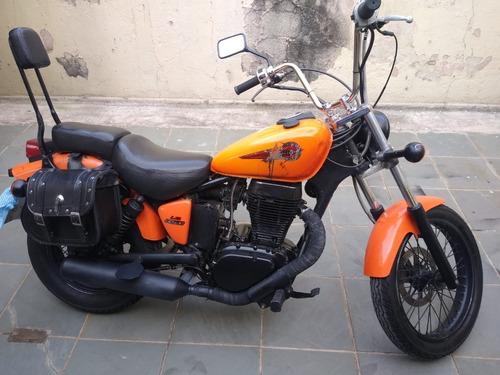 Imagem 1 de 6 de Moto Suzuki Savage 650