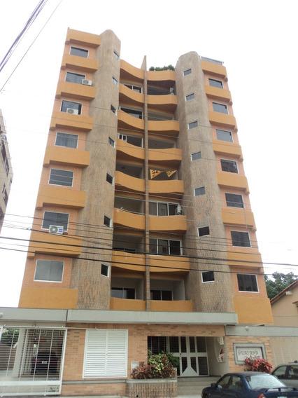 A765 Consolitex Vende Apartatamento Urb Agua Blanca