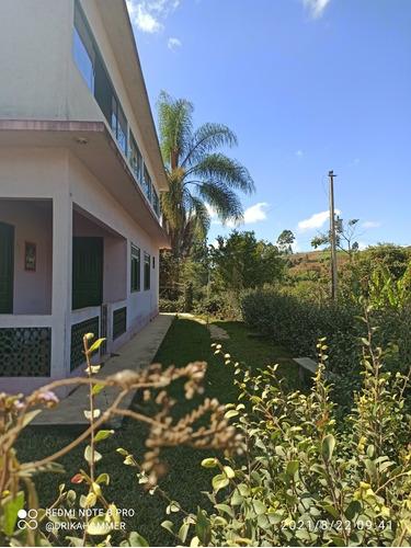 Imagem 1 de 8 de Chácara De 6 Mil M² Com Uma Casa De 2 Andares.