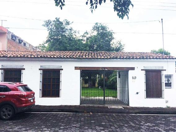 Casa En Renta En Centro De Villa De Álvarez
