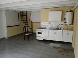 Villa Ortuzar Alquiler Local Con Entrepiso