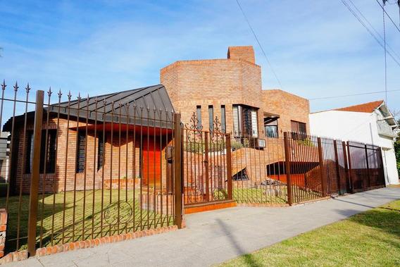 Casa En Venta - Castelar Norte