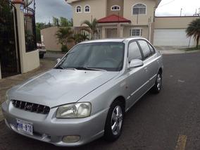 Hunday Accent Año 2000- Motor 1.500- Familiar