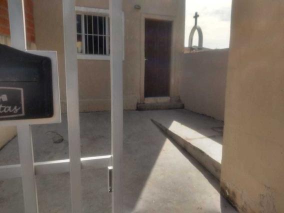 Casa Para Alugar A 10 Minutos Do Metrô Bonita E Barata Fl05