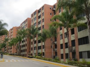 Apartamentos En Venta Mls #19-586