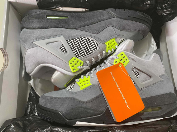 Air Jordan Iv Neon