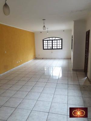 Alugo Casa 03 Dorms Com Suíte E Varanda -parque Maria Helena R$ 2.500,00 - Ca0003