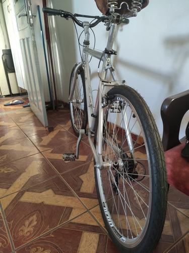 Imagem 1 de 3 de Bicicleta D Alumínio