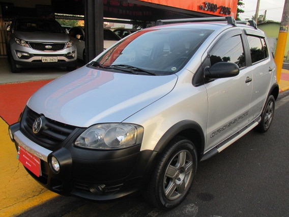 Vw - Volkswagen Crossfox 1.6 8v - Completo - 2010