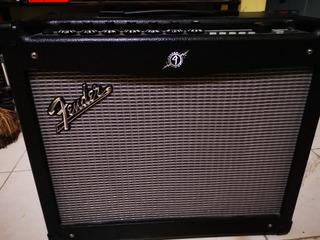 Remato....amplificador Fender Mustang Iii V2 100wts