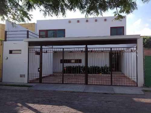 Casa Renta Colinas Cimatario 4 Rec 1 Cuarto Servicio Lujo