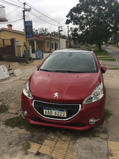 Vendo Peugeot 208 Version 1.2 Extrafull Nivel 6
