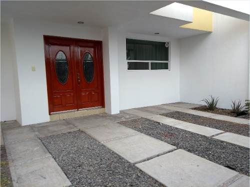Casa En Renta - Juriquilla - C696