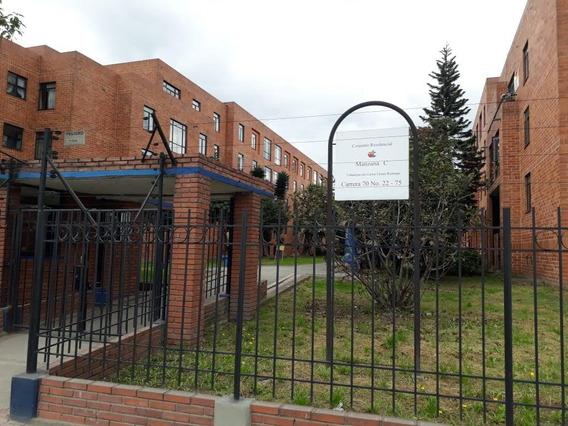 Apartamento 70m2, 3hab, 1baño, 1garaje Cubierto Con Depósito
