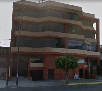 Remate Bancario De Departamento En Avenida Cafetales