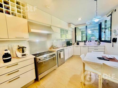 Vendo Importante Residencia Sobre Avenida  4 Dormitorios  Reciclada - Golf