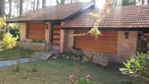 Casa En Venta. 4 Amb. 3 Dor. 450 M2. 170 M2 Cub