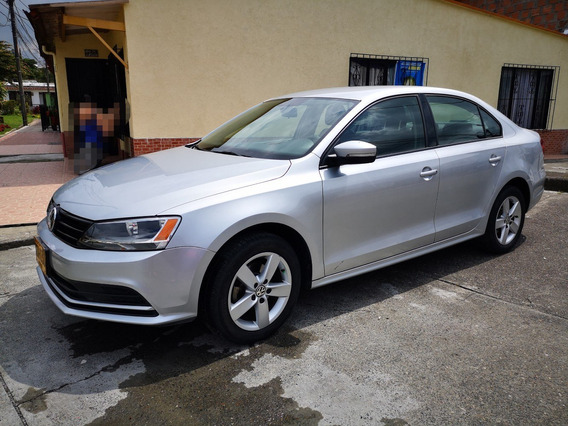 Volkswagen - Nuevo Jetta - Modelo 2015 - Cilindraje 2000