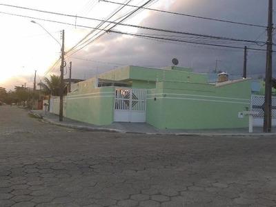 Casa Em Peruíbe Com 2 Dormitórios, Confira - 5217/p