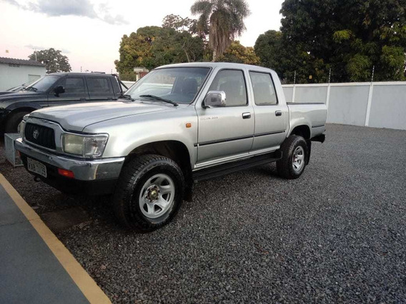Toyota Hilux 3.0 Srv Cab. Dupla 4x2 4p 2004