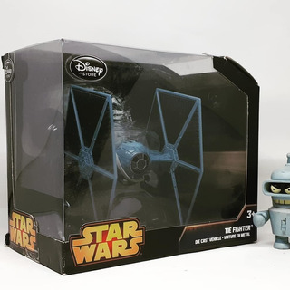 Tie Fighter Nave Star Wars Disney Store 2014