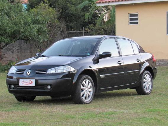 Renault Megane Sedan Dynamique 1.6 16v(hi-flex) 4p