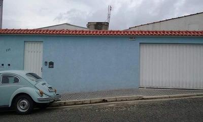 Casa Com 3 Quartos Para Comprar No Jardim São Jorge Em Poços De Caldas/mg - 994