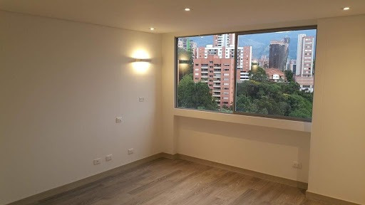 Apartamento En Venta Loma Benedictinos 472-1121