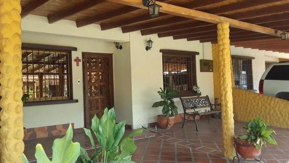 Casa En Alquiler La Piedad Cabudare Lara 20-9877