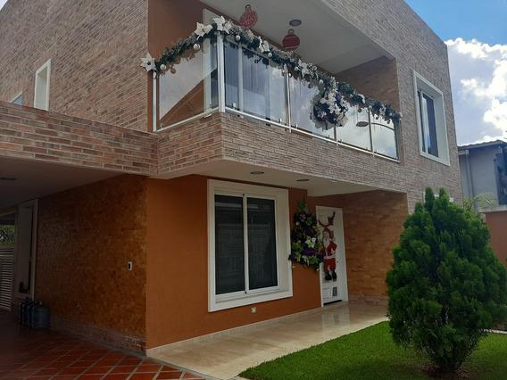 Casa Moderna En Urbanización Privada Sanantonio De Los Altos