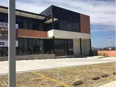 Local En Renta En Plaza Vista Sur Residencial.