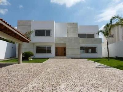 En Renta Hermosa Residencia Nueva Y Para Estrenar En Av. La