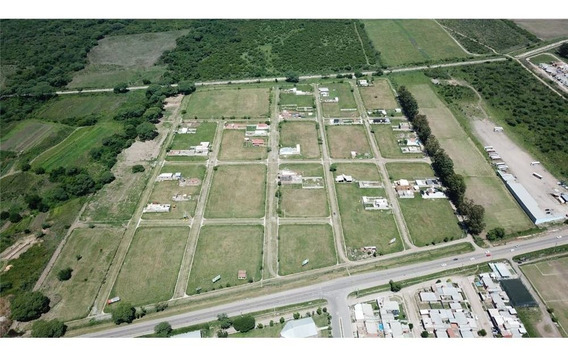 Venta De Terrenos En Loteo Las Colinas - 250m2