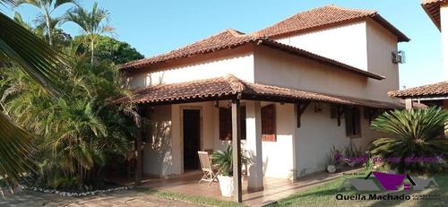 Maravilhosa Casa Com 4 Quartos ,sendo 1 Suíte, Com Piscina E Churrasqueira! - 105