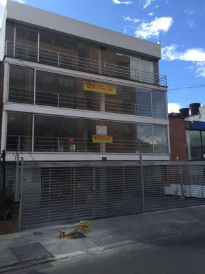 Edificio De Oficinas En Arriendo