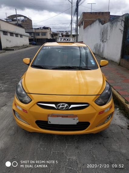 Cedo Derechos Y Acciones Taxi Legal + Vehículo, Tulcán