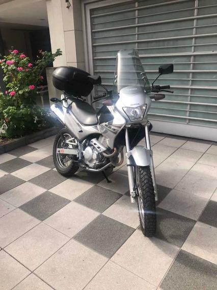 Honda Falcón Nx4