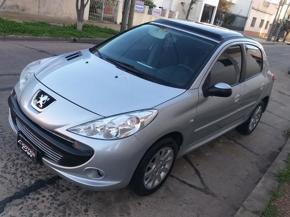 Peugeot 207 2011 1.6 Xt $410000