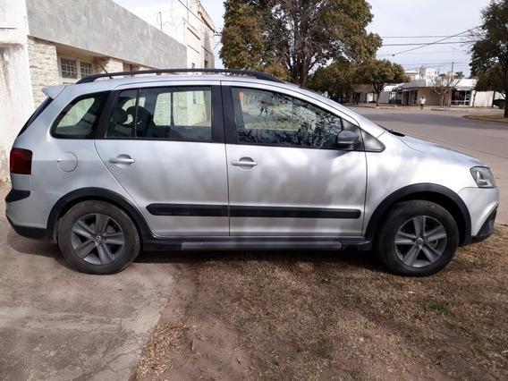 Volkswagen Suran Cross